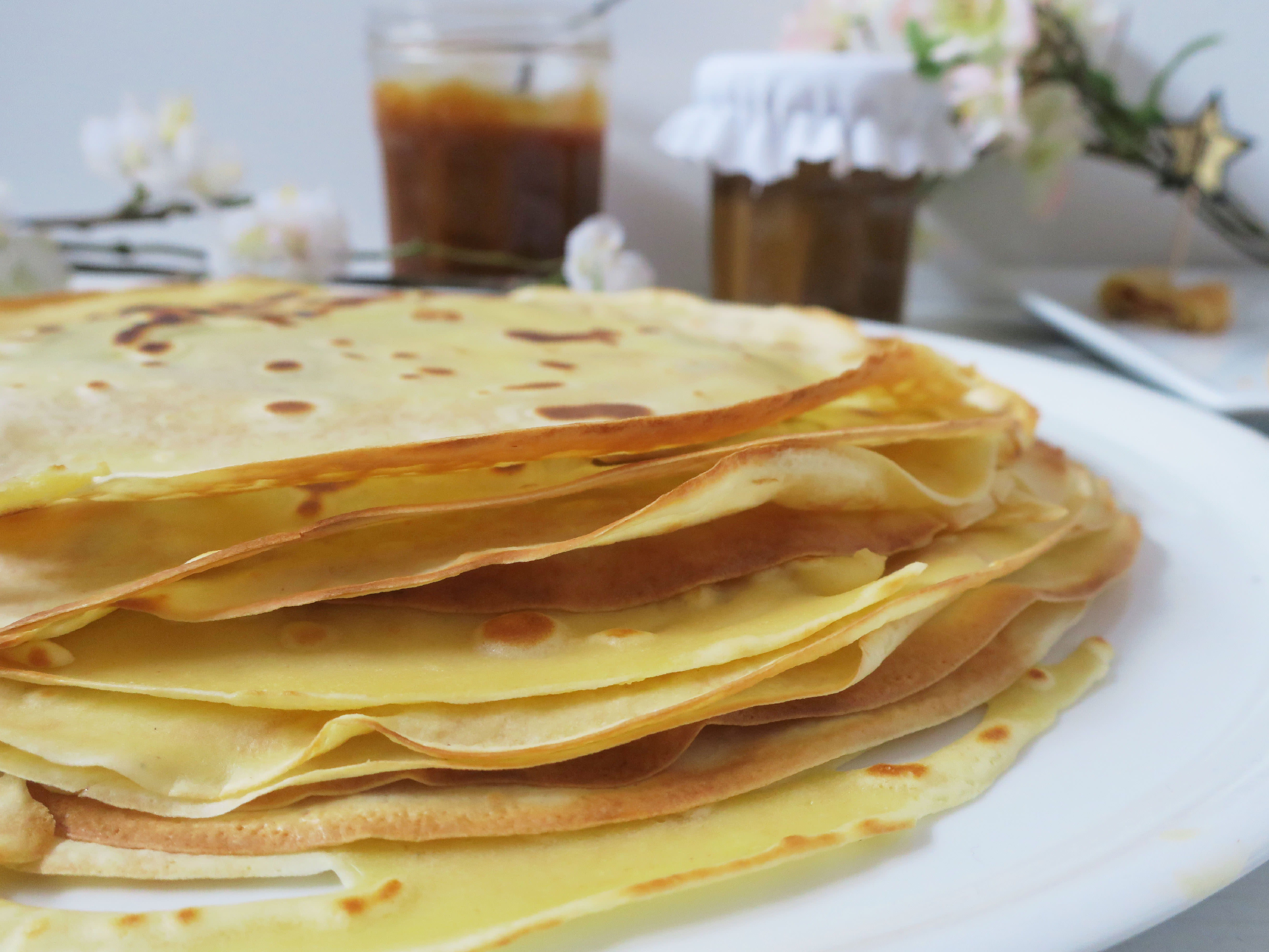 Cr pes et caramel au beurre sal faits maison lulalovegood - Laisser reposer la pate a crepe ...