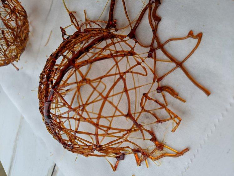 nids en caramel